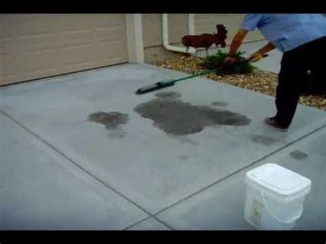 remove oil stains  concrete driveway www