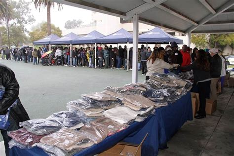 Free Clothes Giveaway 2017 - nvf with greater los angeles va and lands end gives away free clothes to veterans