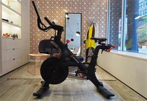 Spinning Cycling House by Review Peloton Brings Live Stream Spinning Classes To