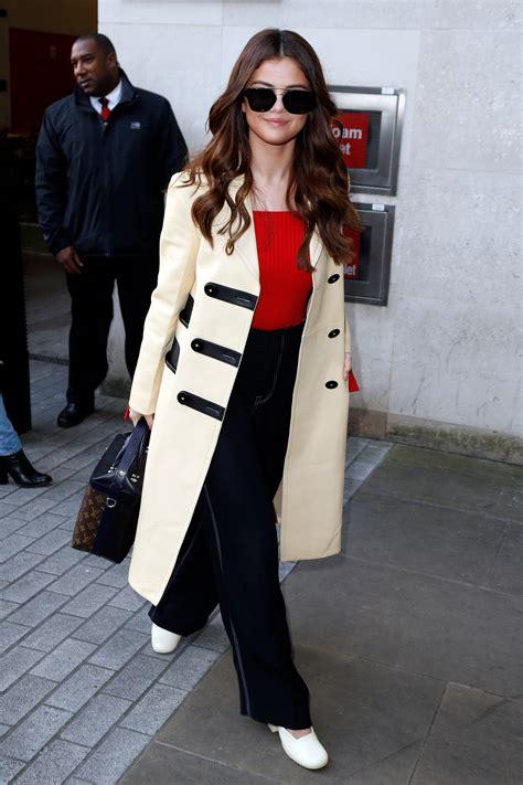 celebrity fall coats  selena gomez