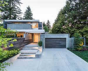 contemporary modern house lively modern vancouver home with bright accents digsdigs