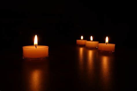 candele foto kostenloses foto kerzenschein kerzen romantisch