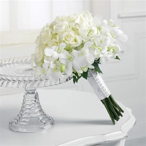 Fresh Flower Wedding Bouquets by Custom Created Fresh Floral Bridal Bouquets For Your