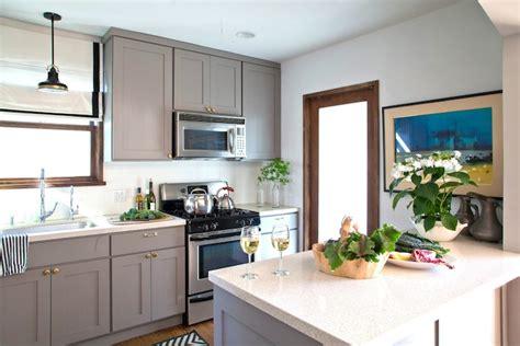 Warm White Kitchen Cabinets Warm Gray Kitchen Cabinets Design Ideas