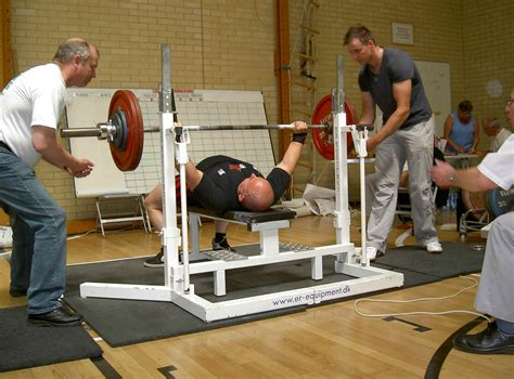 uk bench press record 28 images pictures british