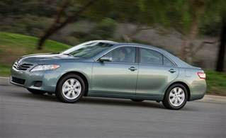 2010 Toyota Camry Le Car And Driver
