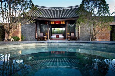 chinese home banyan tree lijiang resort in lijiang china homedsgn