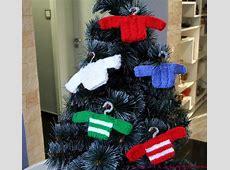Free Christmas Knitting Pattern Decorations Xmas Ornaments To Make