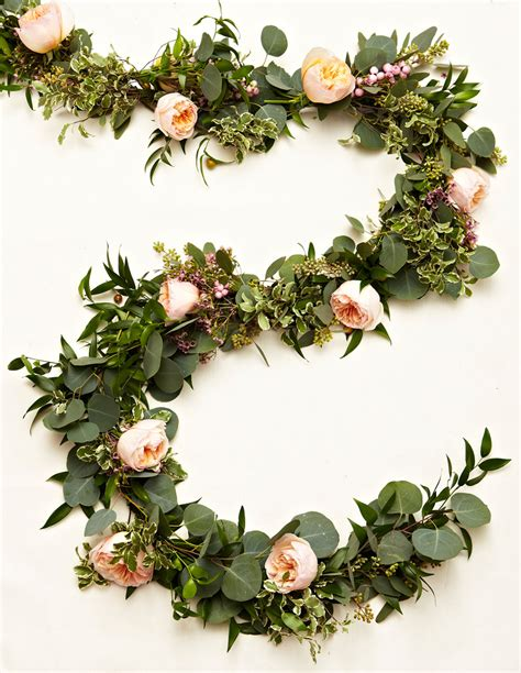 wedding garland learn how to create your own gorgeous floral garlands