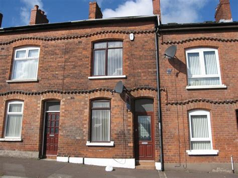 3 bedroom house to rent belfast 3 bedroom terraced house to rent in roden street belfast