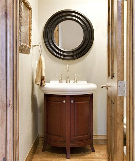 Small Bathroom Vanity Ideas by 17 Best Ideas About Small Bathroom Vanities On