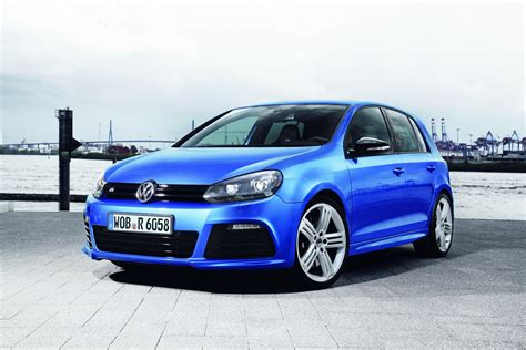 officially confirmed new volkswagen golf r to go on sale