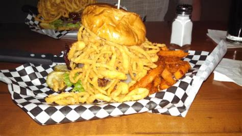 ashland ale house the 10 best restaurants near the warren conference center and inn