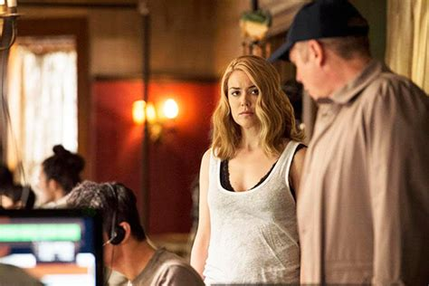 Email Blacklist Search The Blacklist Season 3 Spoilers What S Next For Liz On The Run