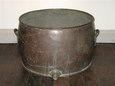 Large Copper Planter by A Large Scale 19th Century Copper Planter Urns