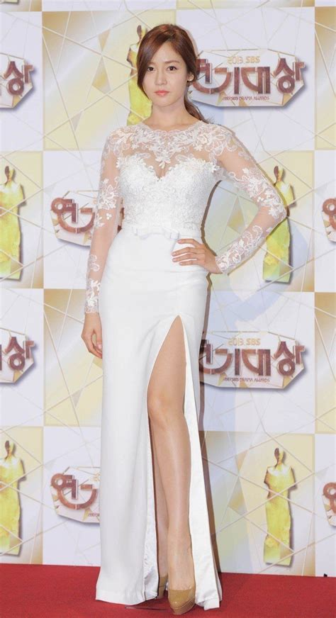 korean actress gown sung yu ri 성유리 picture korean celebs long gowns
