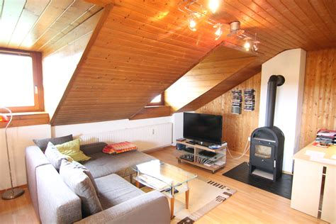 wohnen unterm dach gem 220 tlich unterm dach gepflegte 2 zimmer dachgeschoss