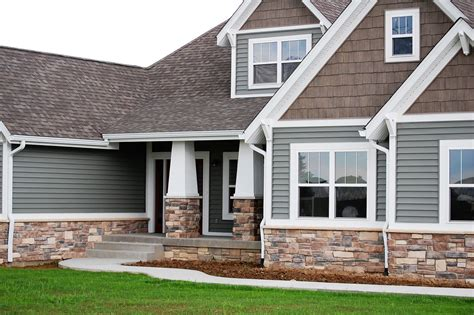 shingle sided houses exterior paint exterior paint color combinations and garage doors on pinterest