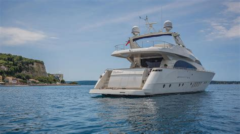 best boats under 50k the best luxury yachts for charter for under 50k boat