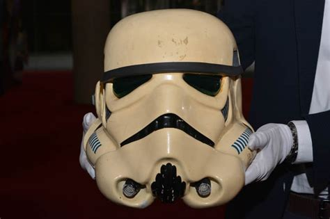 Sale Topeng Stormtrooper Starwars stormtrooper helmet on sale at wars memorabilia