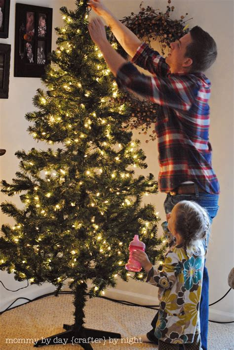 when to put up christmas decorations by day crafter by how to decorate your tree on a budget