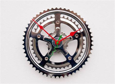 coolest clocks 44 coolest and unusual clocks ever made instantshift