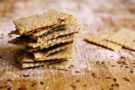 cucinare semi di lino crackers di farro integrali ai semi di lino ricette farro