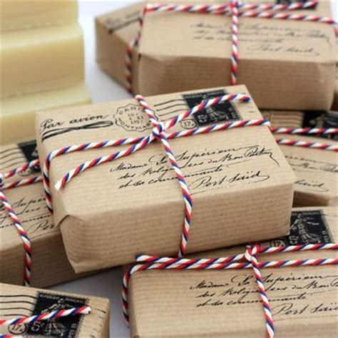 easy to mail christmas gifts mail inspired school packages wrapping ideas papier cadeau emballage des
