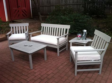 Patio Furniture Makeover by Best 25 Patio Furniture Makeover Ideas On