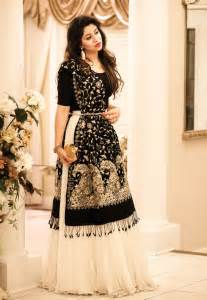 dresses to wear for weddings best 25 indian wedding dresses ideas on