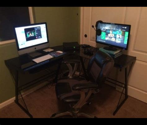 gaming desk setup gaming setup desk gaming desk setup pictures to pin on