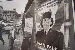 T Shirt Iwan Fals 01 iwan fals april 2007
