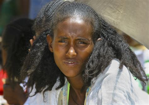 traditional hairstyles games woman with traditional hairstyle in senafe market eritrea