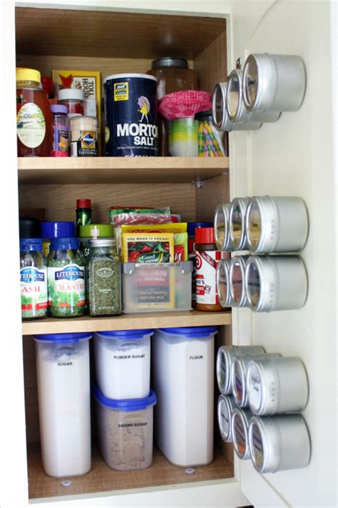 kitchen cabinet organization ideas the most organized kitchen i seen organize and inspire