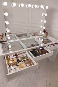 Glass Makeup Vanity Table 25 Best Ideas About Mirror With Lights On Mirror Lights Mirror