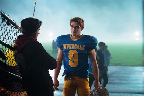 Archie Riverdale High archie becomes a high school stud thanks to riverdale