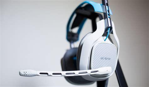 headphones  mic  update headphones encyclopedia