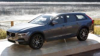Volvo V90 Cross Country 2017 Volvo V90 Cross Country Is Ready For All Roads