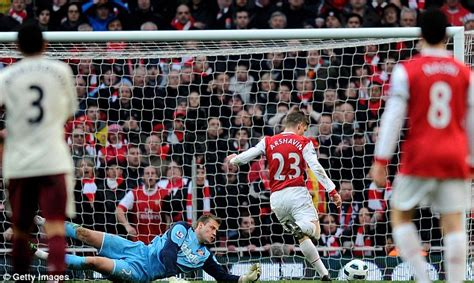 arsenal honours arsenal wenger urges his arsenal side to attack barcelona