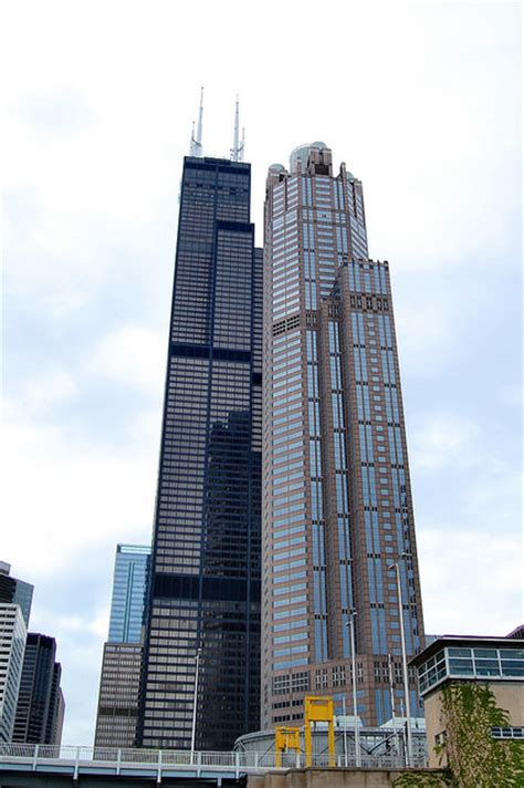 How Many Floors Is The Willis Tower by Willis Tower In Chicago Illinois