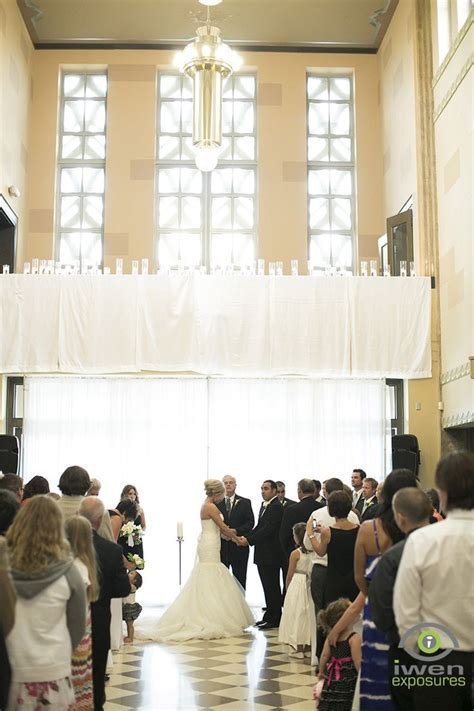 Wedding at The Durham Museum in Omaha, Nebraska / Photo by