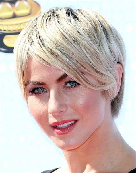 how to style julianne houghs short haircut julianne hough short emo cut julianne hough hair looks