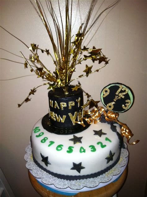 new year cake decoration 42 best new year s cakes images on new