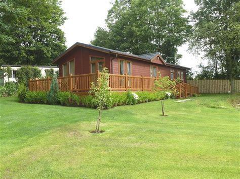 2 bedroom detached bungalow for sale in hales caravan