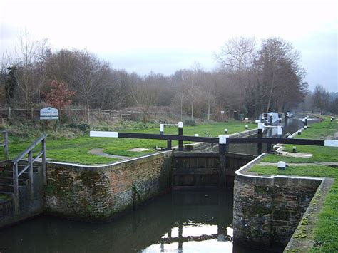 thames lock river wey wey and godalming navigations wikipedia