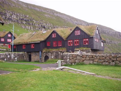 oldest house in the world oldest inhabited house in the world www imgkid com the image kid has it