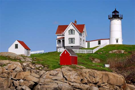 Cape Neddick Light elinor dewire s author lighthouses fascinations and the writing we all scream for