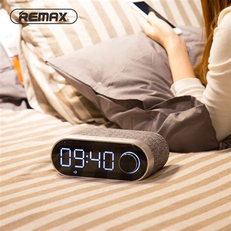 Remax Jam Weker Alarm Meja Led Dengan Speaker Bluetooth Rb M26 remax jam weker alarm meja led dengan speaker bluetooth rb m26 black jakartanotebook