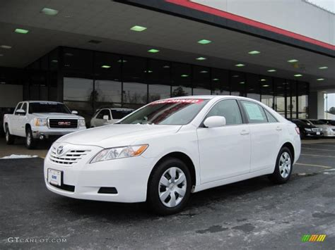white 2009 toyota camry 2009 white toyota camry le 26258727 gtcarlot