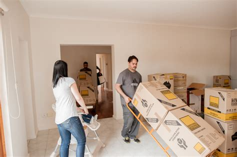 How To Pack Bathroom Items For Moving by Pro Packing Tips For A Smooth House Move Wipsen Org